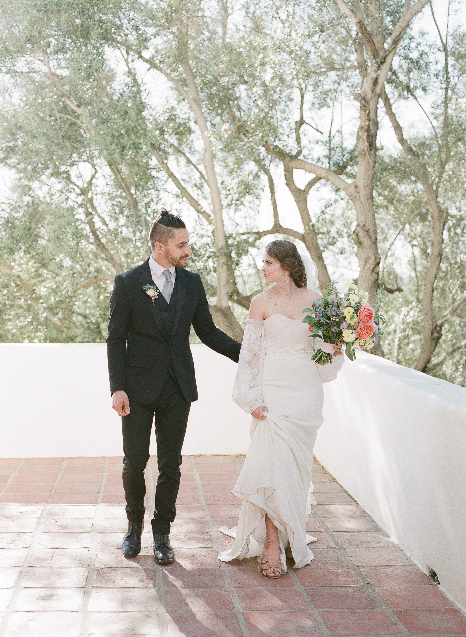 california wedding couple